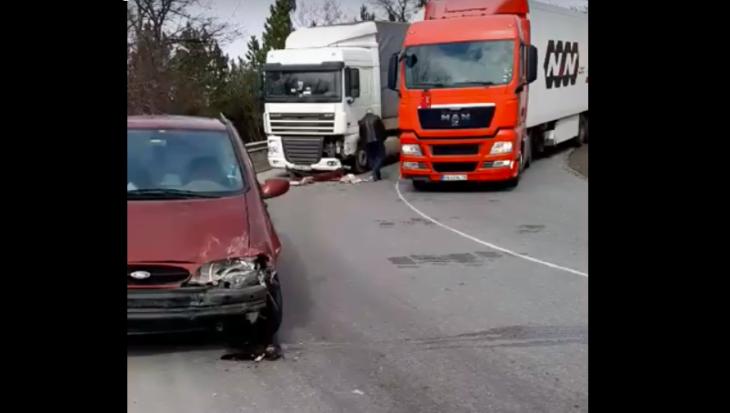 Autocamion condus de un șofer din Cahul a fost implicat într-un accident în Bulgaria