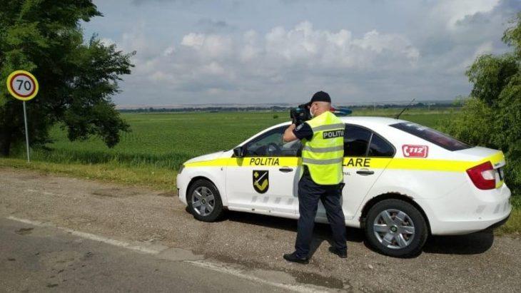 Peste 400 de șoferi vitezomani au fost amendați în doar 2 săptămâni  pe traseul Cahul – Leova