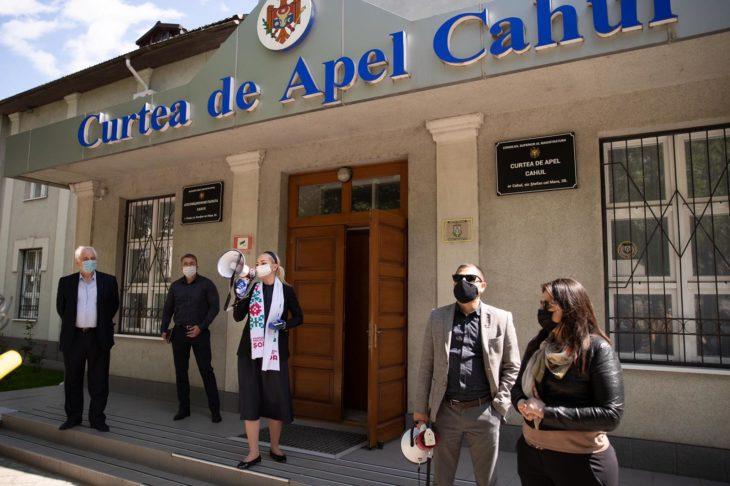 Un angajat al Curţii de Apel Cahul, confirmat pozitiv cu COVID-19. A fost insituit un regim special de funcţionare