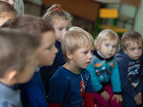 Mobilă nouă și electrocasnice la grădinița din satul Rumeanțev