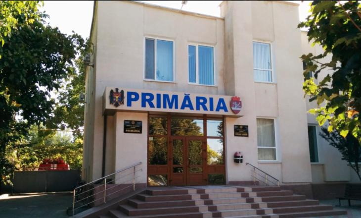 Primăria orașului Leova – în carantină. Un angajat a fost testat pozitiv cu COVID-19, iar alții au simptome specifice
