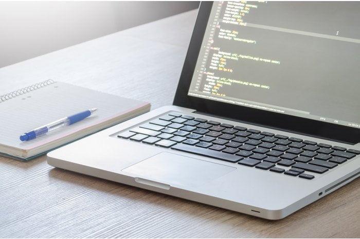 Şcolile din UTA Gagauz-Yeri vor primi computere din partea BEI