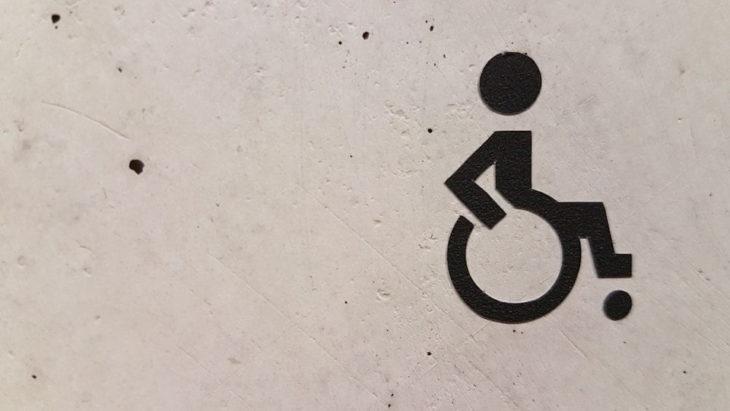 Autoizolare toată viața, singurătate, restricții și alți 7 factori, pe care trebuie să-i știe fiecare despre viața persoanelor cu dizabilităţi în Moldova