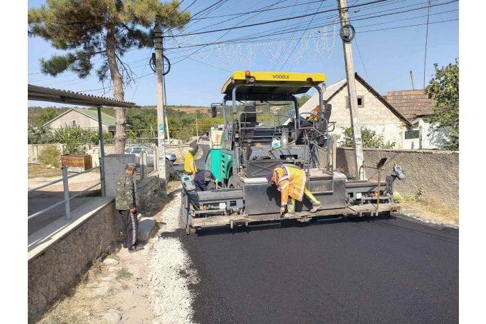 """Aproape o jumătate din Programul """"Drumuri bune pentru Moldova 2020"""" a fost realizat"""