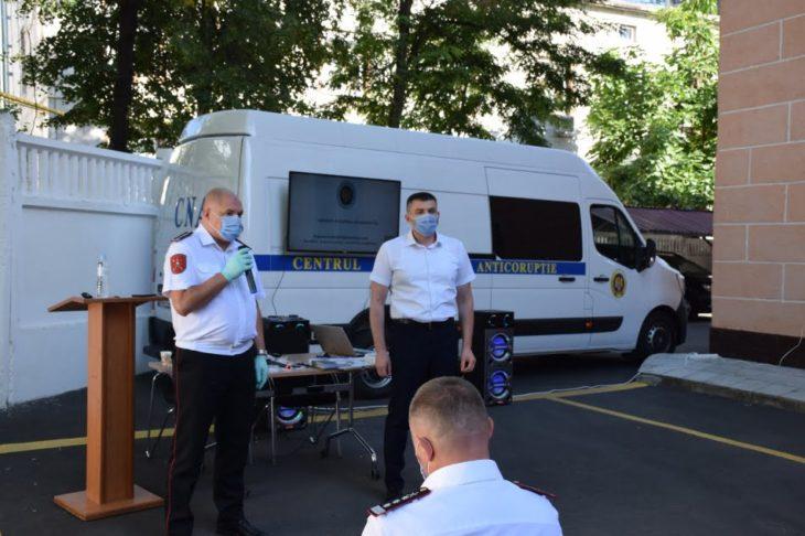 CNA şi Inspectoratul General de Carabinieri au început campania de promovare a integrităţii în rândul angajaţilor unităţilor militare