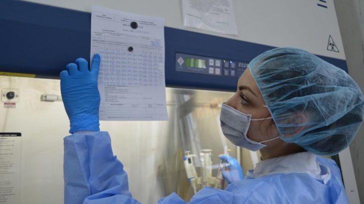 O donație din partea Elveției va dubla capacitatea zilnică de prelucrare a probelor pentru COVID-19 în laboratorul din Cahul