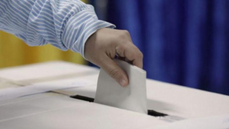 Curs online gratuit pentru tinerii/-ele alegători, care sunt interesați de procesul de vot și desfășurarea/organizarea corectă a alegerilor