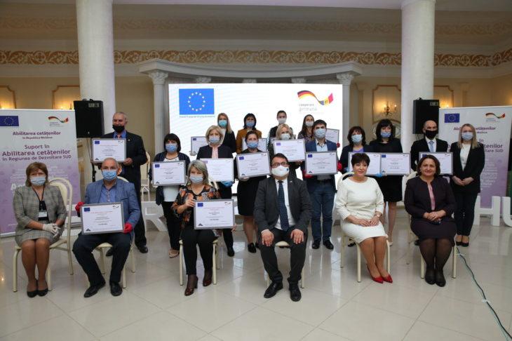 15 ONG-uri din Regiunea Sud au primit certificate de grant din partea Uniunii Europene //VIDEO