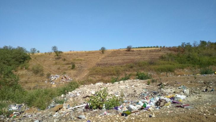 Satul din Moldova care și-a convins locuitorii să plătească pentru gunoi