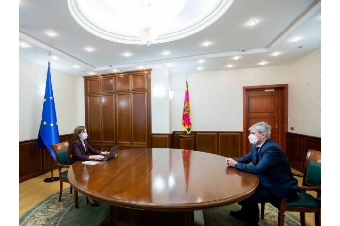 Președinta Maia Sandu a avut o întâlnire cu directorul CNA, Ruslan Flocea