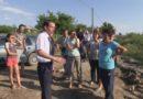 Locuitorii str. Prof. Dimitriu din Cahul caută soluții pentru reabilitarea drumului ce duce spre locuințele sale