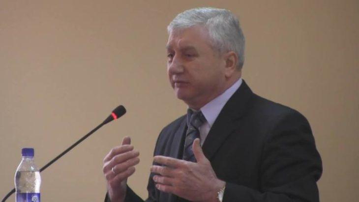 """Stefan Bratu către comunişti: """"În 2005 noi am semnat ca vrem toţi în Europa, am spus că altă cale Moldova nu are"""""""