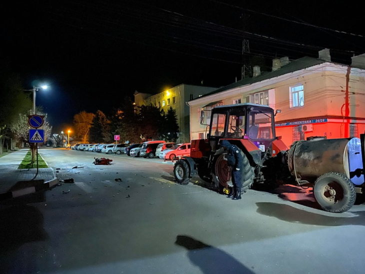 Un accident violent s-a produs în această seară în Cahul