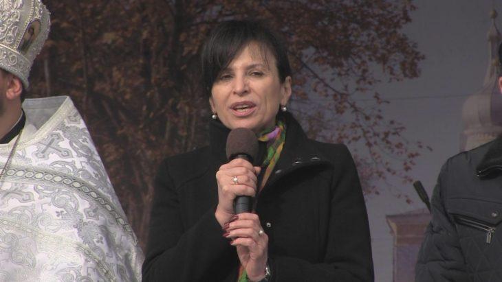 Elena Bacalu: Hramul oraşului este o dovadă în puls că noi suntem creştini