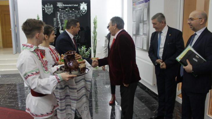 Județul Tulcea vine cu proiecte pentru raionul Cahul