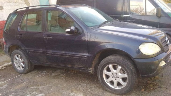 Un act falsificat și un automobil cu modificări tehnice neautorizate depistate la PTF Cahul