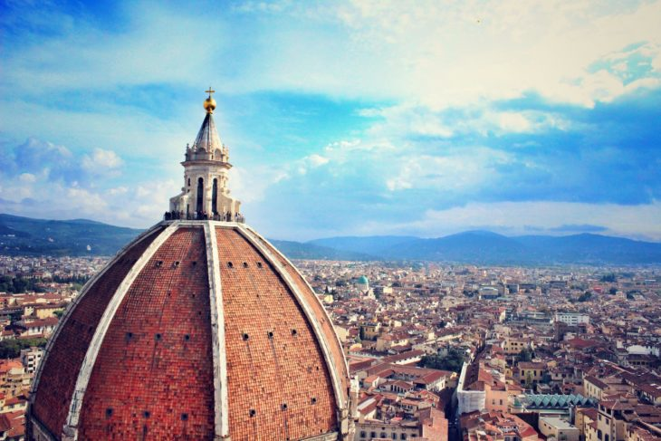 Italia se închide din cauza valului al treilea al pandemiei
