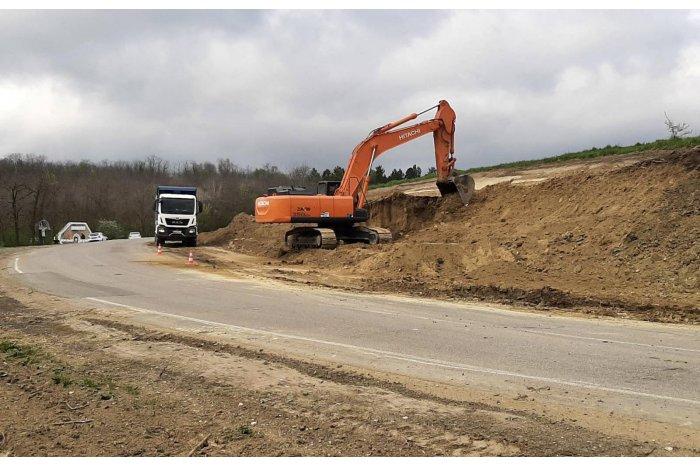 Un sector din drumul Hâncești – Leova – Cahul – Giurgiulești va fi reconstruit