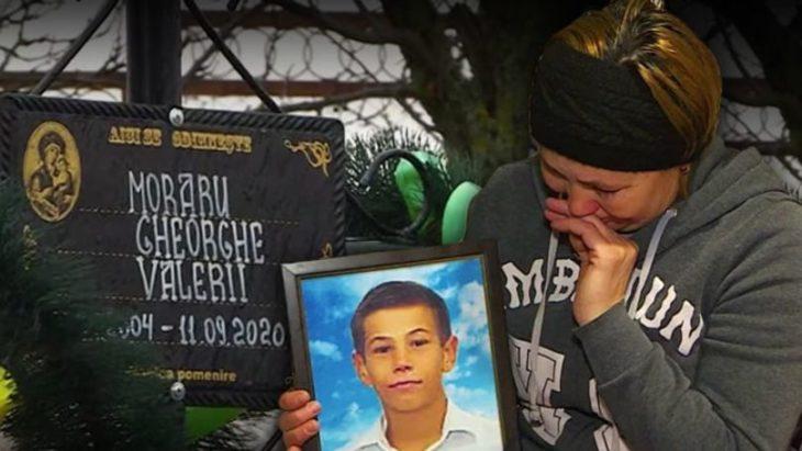 Un tînăr de 16 ani din raionul Cahul a murit în condiții dubioase. Rudele au pornit propria anchetă /VIDEO