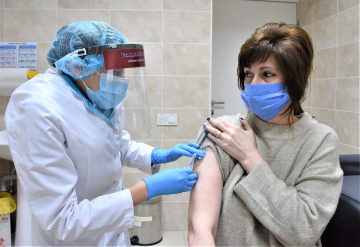 Tot ce trebuie să știi despre vaccinare în perioada COVID-19