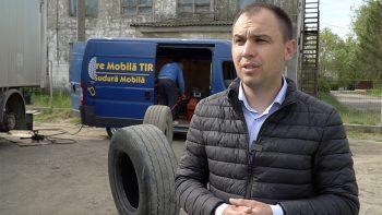 UE// A lansat o vulcanizare mobilă pentru tehnica de mare tonaj. Istoria lui Alexandru – antreprenor tânăr din Zârnești