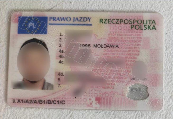 Și-a făcut un permis de conducere polonez fals cu 1000 de euro pentru un post de muncă în Europa