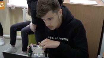 VIDEO// Condiții mai bune pentru tinerii de la Giurgiulești pasionați de robotică cu suportul UE