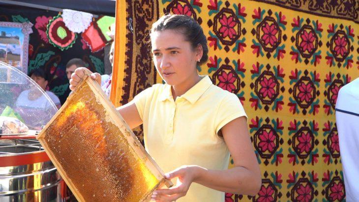 """O afacere """"dulce"""" este dezvoltată cu suportul Uniunii Europene în raionul Cahul //VIDEO"""