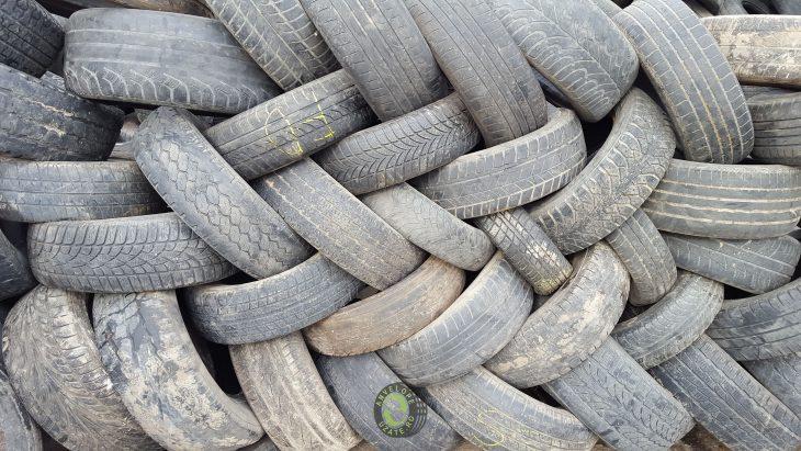 În Republica Moldova a fost lansat un Program de grant destinat gestionării deșeurilor de anvelope, uleiuri şi vehicule uzate