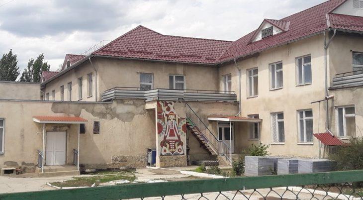 Ce firme sunt responsabile de lucrările de reparație a blocurilor sanitare la grădinițele de copii din municipiul Cahul?