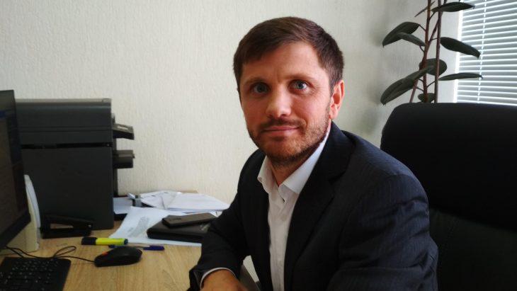 """INTERVIU. Judecătorul Ion Chirtoacă: """"Atât timp cât vom admite ca automobile de lux, de 50-70 de mii de euro, să fie înregistrate la valoarea de 10-15 mii de lei, responsabilitatea și rușinea este a autorităților de stat pentru că acceptă acest fals vădit"""""""